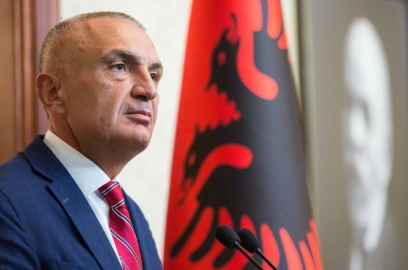"""""""Qeveria po mbush boshllëqet që krijon largimi masiv i shqiptarëve me…""""/ Presidenti Meta i kthen Kuvendit ligjin 'Për të huajt' (argumentet)"""