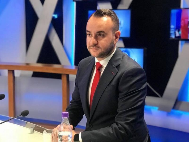 Balliu:Shqetësuese që gazetarët e RTV Ora dhe Ora News do punojnë të rrethuar nga policët e qeverisë