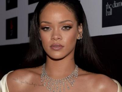 Foto/ Rihanna me të bardha, zgjidhni të preferuarën tuaj