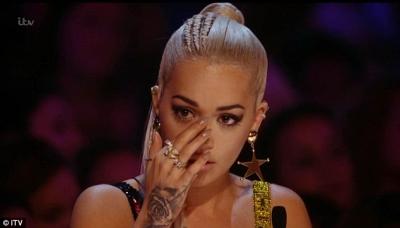Rita Ora merr pushimet dhe flet për sëmundjen: Po më shkatërron!