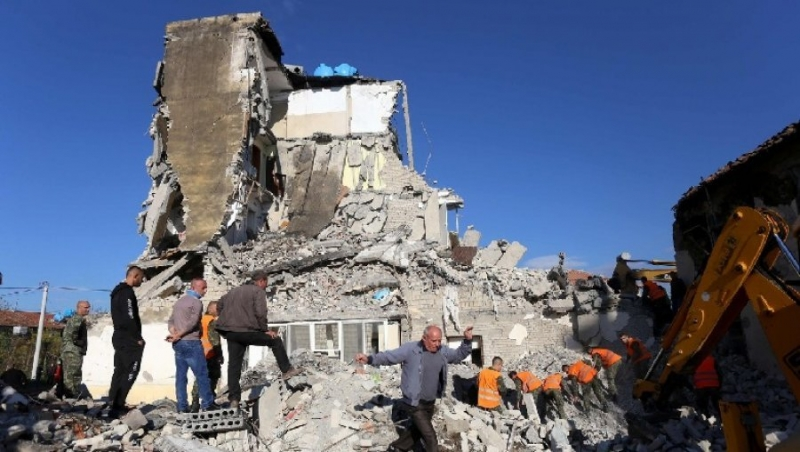Thumanë/ 'Banorët u kthyen te 'pallati i vdekjes' sepse nuk u ofroi askush strehë'