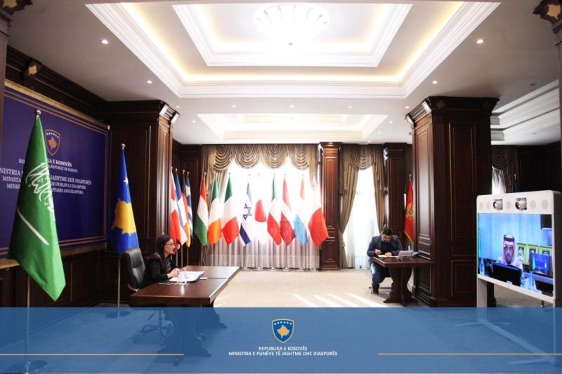 Haradinaj me Princin e Arabisë Saudite/ Diskutuam marrëdhëniet bilaterale dhe shpreha mirënjohjen për mbështetjen e vazhdueshme.