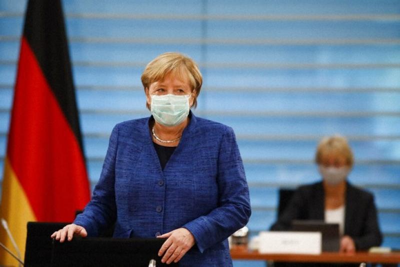 Analiza e DW: Çfarë mendojnë më të fuqishmit e botës për Angela Merkelin