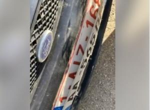 Denoncimi/ 'Makinë me dy palë targa, vetëm policia e Lleshajt…'
