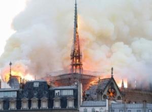 Francë, konsensus i gjerë për një rindërtim identik të kurorës së Notre Dame