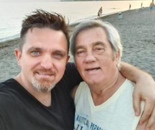 """""""Nuk më pëlqen fare kur …""""- Zef Deda flet për aktrimin e djalit të tij Julian Deda dhe humorin në vendin tonë: S'janë të aftë të shkruajnë një batutë"""