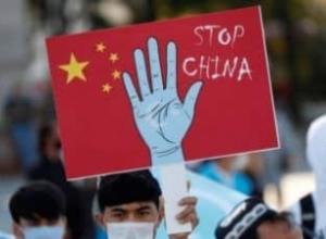 """SHBA: Kina po zbaton politika të """"gjenocidit"""" ndaj ujgurëve"""