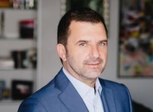 Andi Bushati:Fundi i farsës me shkarkimin e Metës