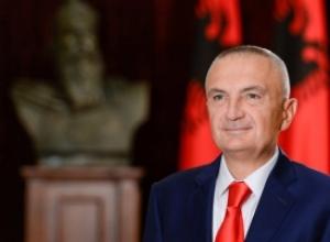 Presidenti Meta: Shqiptarët në Mal të Zi do kremtojnë festat me simbolet kombëtare