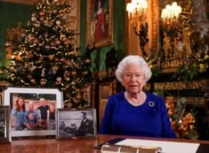 Për të parën herë në më shumë se 30 vjet, Elizabeth II e feston Krishtlindjen në Windsor