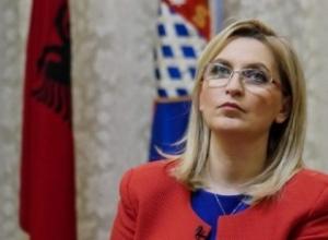 Del përgjigjja e tamponit/Kryetarja e bashkisë së Shkodrës, Voltana Ademi konfirmohet pozitive me Covid 19